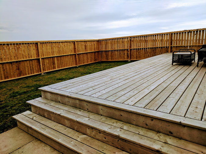 Large, fenced deck area, Ginger Hill Cottage